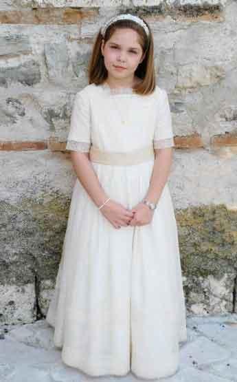 El Vestido de Comunión de Irene 1